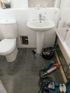 broken toilet requires a local Glasgow Plumber
